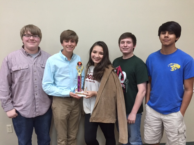 SHS Quiz Bowl Team Wins First Runner-Up Trophy at Tournament